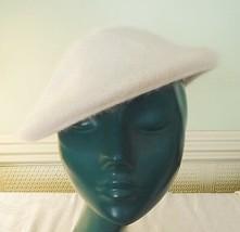 COOL CREAM SO SOFT LADIES CAP HAT MIXED FIBRES WARM COSY CHIC M/L 57 CEN... - $11.82