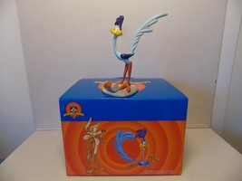 Extremely Rare! Looney Tunes Road Runner Tricked with Bird Seed Figurine... - $247.50