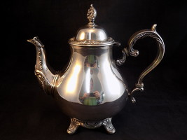 Vtg Silver-Plate Tea Coffee Pot Wm Rogers 800 Footed Hinged Lid Ornate E... - $32.66