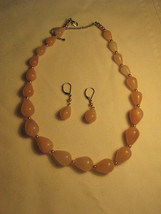 Vintage Teardrop Rose Quartz Graduated size Necklace Earrings - $25.00