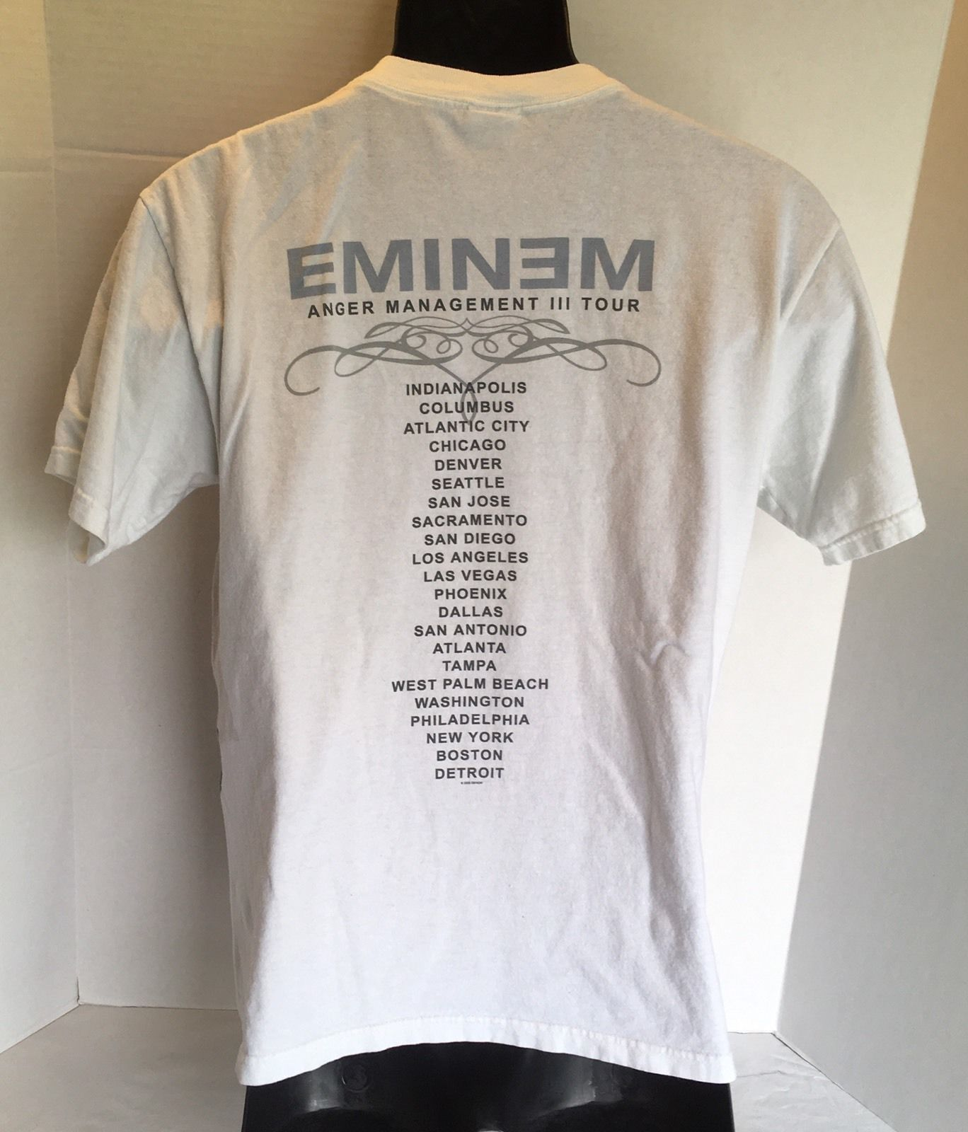 EMINEM 2005 Concert T Shirt Anger Management III Tour White Size Small Rap