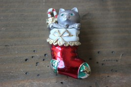 Vintage Danecraft Enamel Kitten in Stocking Christmas Brooch - $17.81