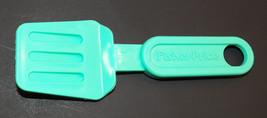 "VTG 1987 Fisher Price Spatula Green/Blue 5.75"" Plastic Toy - $9.69"