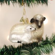 OLD WORLD CHRISTMAS SHEEP WITH LAMB GLASS CHRISTMAS ORNAMENT 12414 - $10.88