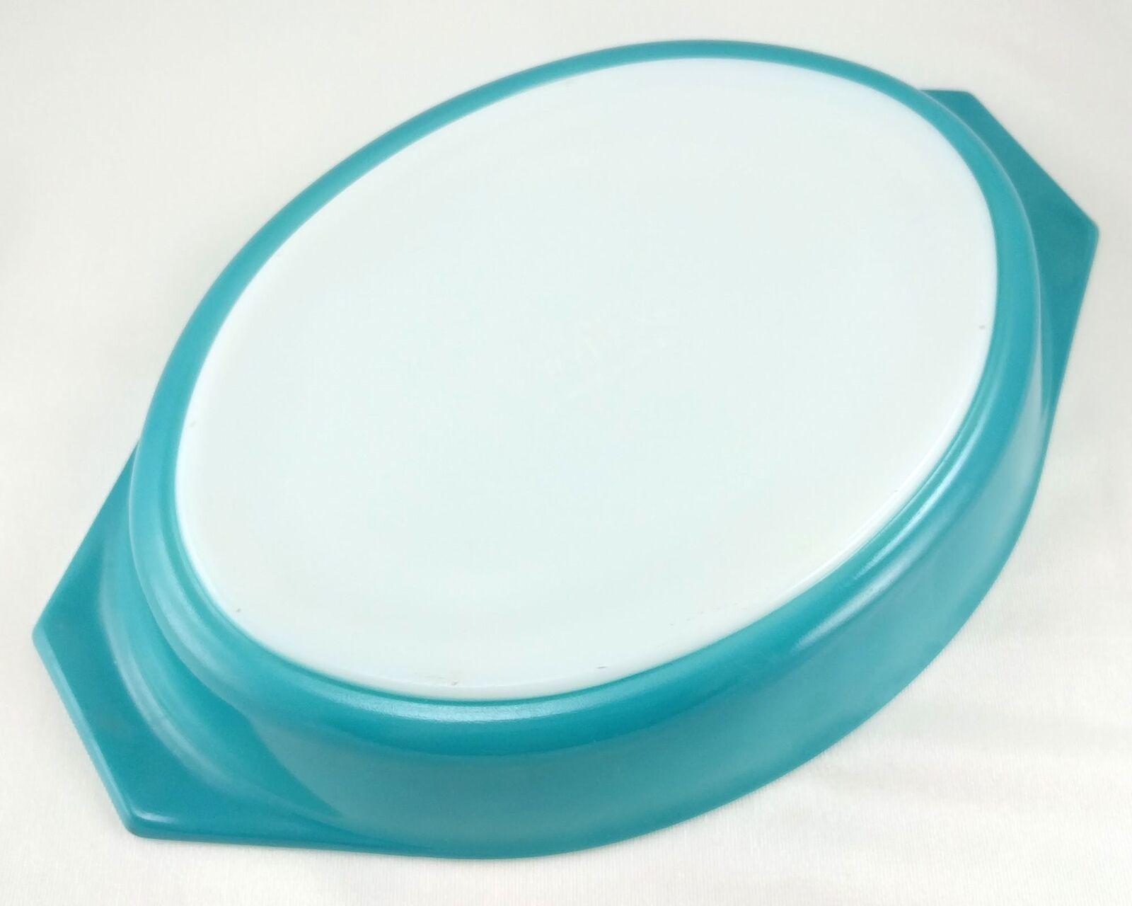 Pyrex Turquoise Oval Princess 1½ qt Casserole Dish Gold Color Scroll 945C Lid image 7