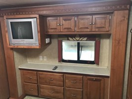 Tiffon Motorhome For Sale In Pensacola, FL 32534 image 8