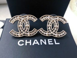 100% AUTH NEW CHANEL 2019 SS XL Large Gold CC Crystal PEARL Stud Earrings image 2