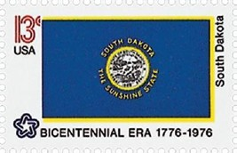 1976 13c South Dakota State Flag, Bicentennial Era Scott 1672 Mint F/VF NH - $1.29