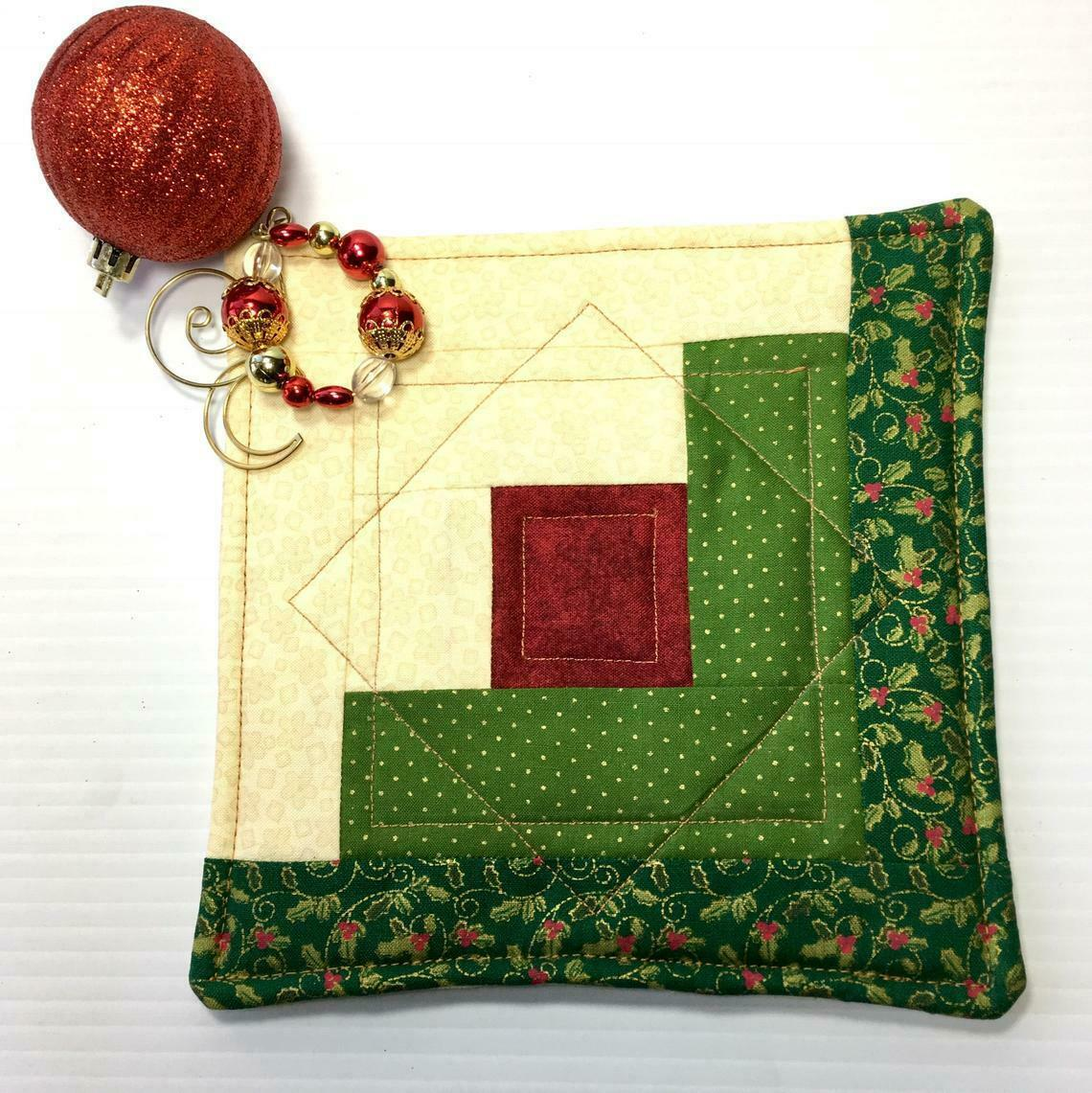 Christmas Pot Holder Quilted Handmade Holiday Log Cabin Block Heat Resistant image 3