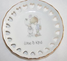 "PRECIOUS MOMENTS Mini Plate 1985  ""Love is Kind"" with Stand in Box  #411 - $10.00"