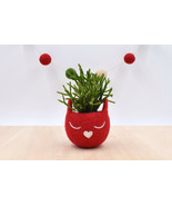 Christmas gift for her / Succulent planter / Felt planter /  Cat head pl... - $31.85 CAD