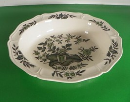 Wedgwood Barlaston GREEN LEAF Oval Vegetable Bowl Queen's Shape - $24.70