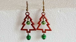 VINTAGE RED TIN OPEN CHRISTMAS TREE SHAPED DANGLE EARRINGS, GREEN BELLS,... - $4.94