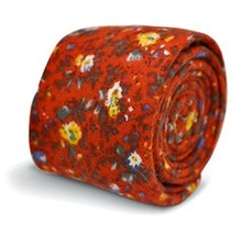 Frederick Thomas red floral men's tie in 100% wool