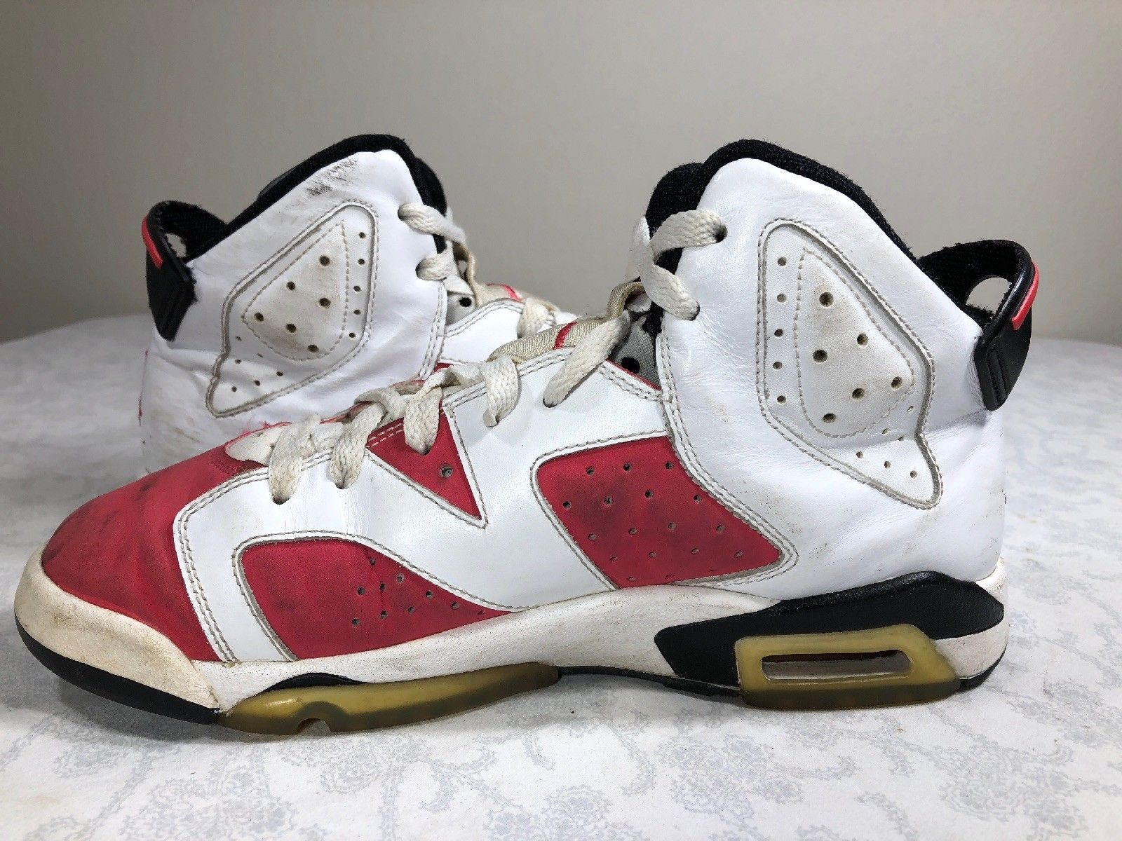 2009 Nike Air Jordan Retro VI 6 White Pink Girls GS 7y Oreo Carmine Infrared