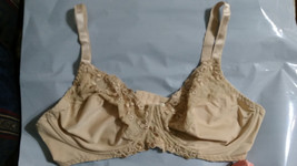 42D EMBROIDERED UNDERWIRE NO PADDING PADLESS BIEGE BRA 42D - $5.99