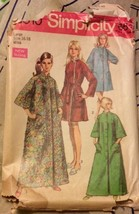 1969 Simplicity Sewing Pattern 8510 16-18 Miss Robe Two Lengths Round Pocket - $5.89