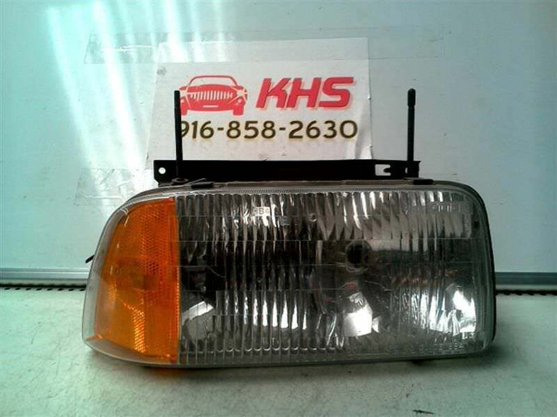 Primary image for Passenger Headlight Chevrolet Composite Fits 95-97 BLAZER S10/JIMMY S15 60259