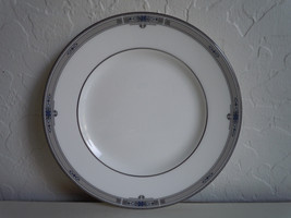 Wedgwood Amherst Platinum Trim Bread and Butter Plate - $12.86