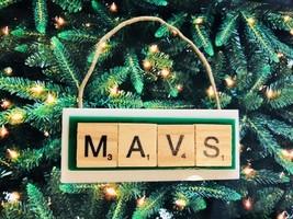 Dallas Mavericks Mavs Christmas Ornament Scrabble Tiles - $8.90