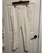 VINCE CAMUTO Size 6 White Tapered Leg Dress Pants Slacks Trousers - $23.36