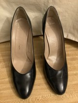 Christian Dior Navy Leather Classic Pump Shoes Size 7 - $212.85
