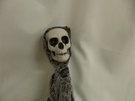 SCARY HALLOWEEN HANGING GHOUL SKELETON FIGURE  DECORATION GRIM REAPER PR... - $18.50
