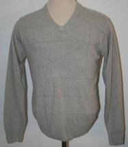"GEOFFREY BEENE Sweater V-Neck Medium Gray Pullover Chest 45""  Soft Mens - $11.65"
