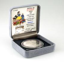 "Rarities Excellent État Walt Disney 1 ML Argent Rond W / Boîte "" Atchoum "" - $49.58"