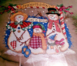 Dimensions 8578 Snow Family Holiday Counted Cross Stitch 1998 Victoria H... - $31.39