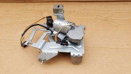 03-08 W219 Mercedes Cls500 Cls550 Power Trunk Opener Motor Actuator E55 E63 E500 image 1