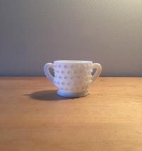 Vintage 70s Milk Glass hobnail style small sugar bowl with 2 handles image 1