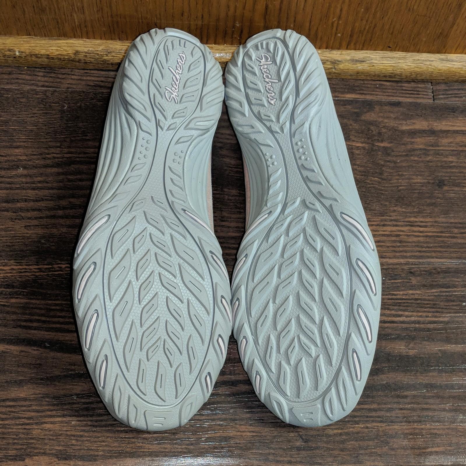 NEW Skechers Womens Comfortable Empress Sweet Hearted Memory Foam Shoes- Sz 6