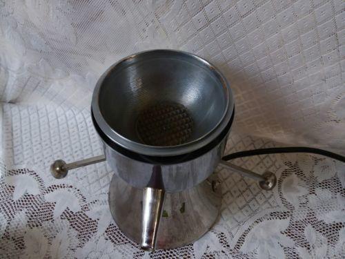 Vintage R.Y.P. Healthmaster Efficient Juice Extractor Juicer Works.