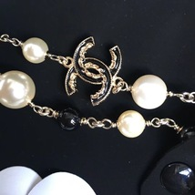 Authentic Chanel CC Logo Long Beaded 2 Tone Faux Pearl Necklace Gold Black image 5