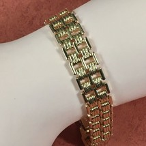 Vintage 1980 Avon MODERN SILHOUETTE Basket Weave Goldtone Bracelet - Sma... - $12.16