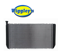 RADIATOR 1521 FOR 94 95 96 97 98 99 00 CHEVY/GMC C/K SERIES V8 7.4L image 1