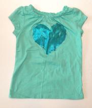 Circo Toddler Girls T-Shirt Green Heart Size 18 Months VGUC - $6.78