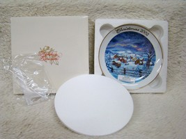 Snowy Winter Avon 2002 Christmas Plate By Tom Newsom 22kt Gold Trimmed, ... - $13.81