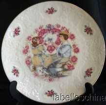 Royal Doulton England Valentines Day 1977 Collector's Plate - $39.55