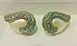"""Vintage Jewelry: 1"""" Marcasite Silver Tone Clip On Earrings 04-18-2019 - $11.87"""