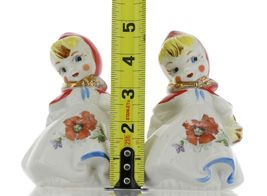 "Hull Little Red Riding Hood 5"" Salt and Pepper Range Shaker Set AAA image 9"
