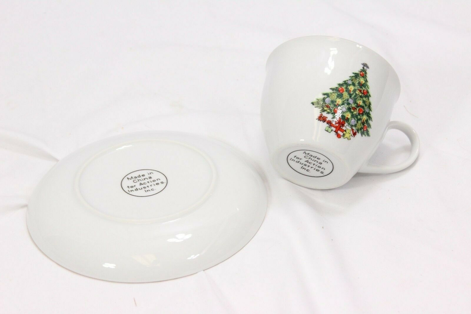Jamestown Xmas Treasure Bowls Cups Saucers Lot of 12 image 6
