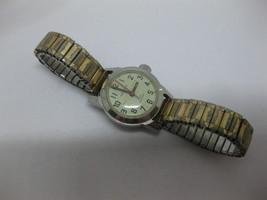 Vintage Bulova Caravelle N2 Ladies Gold Tone Watch Fresh Battery - $29.69