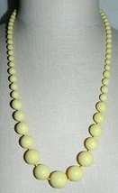 VTG Light Yellow Plastic Graduated Beaded Necklace - $14.85