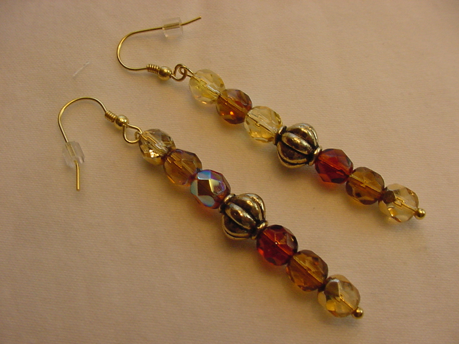 Primary image for Unique Creations/Ozarks Amber Taupe Beige Beads Gold Plated Drop Earrings