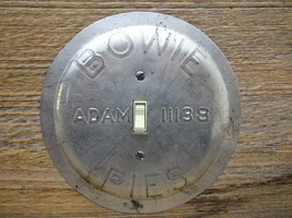 Vintage Bowie Adams Pie Tin Pan Switch Plate Pans Round Limited Edition ... - $39.00