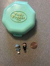Polly Pocket 1990 Polly's School COMPLETE Bluebird Vintage Compact Plays... - $34.99