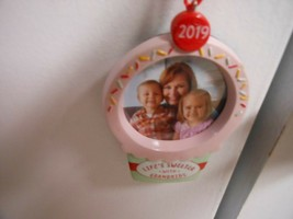 "Hallmark Direct ""Life's Sweeter With Grandkids"" 2019 Photo Holder Ornament NEW   - $12.82"