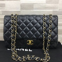 AUTHENTIC CHANEL BLACK QUILTED LAMBSKIN JUMBO CLASSIC FLAP BAG GOLDTONE HARDWARE image 2